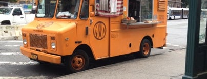 The Mud Truck is one of New York Sehr Gut.