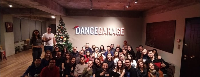 Dance Garage is one of Murat Engin'in Beğendiği Mekanlar.