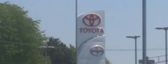 Advantage Toyota of River Oaks is one of Lieux qui ont plu à Andre.