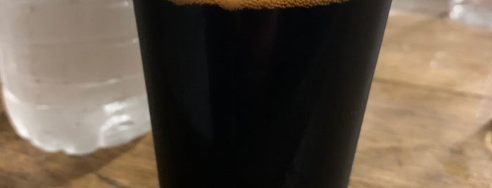 Spellbound Brewing is one of Kellyさんのお気に入りスポット.
