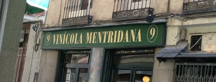 Vinícola Mentridana is one of De Vinos En MADRID.