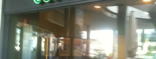 Starbucks is one of Premium Zone www.thepremiumclub.es.