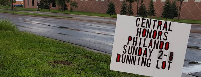 Dunning Rec Center is one of Guide to St Paul's best spots.