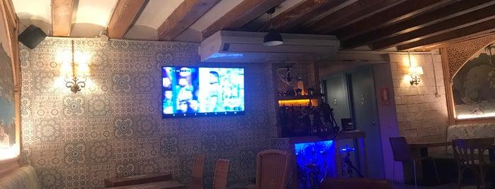 Habibi Restaurant is one of Spain trip.