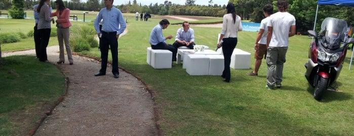 San Nicolas Golf & Tennis is one of Locais curtidos por Martin.
