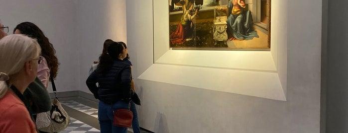 Leonardo - Galleria Degli Uffizi is one of Lugares favoritos de Kawika.