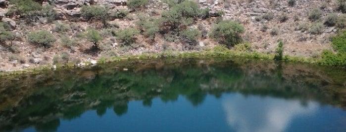 Montezuma Well is one of Tempat yang Disukai Chuck.