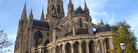 Cathédrale Notre-Dame de Bayeux is one of Lugares favoritos de Thomas.