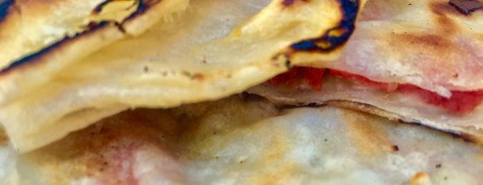Yağmur Pasta &Cafe&Bistro is one of Lieux qui ont plu à Leila.
