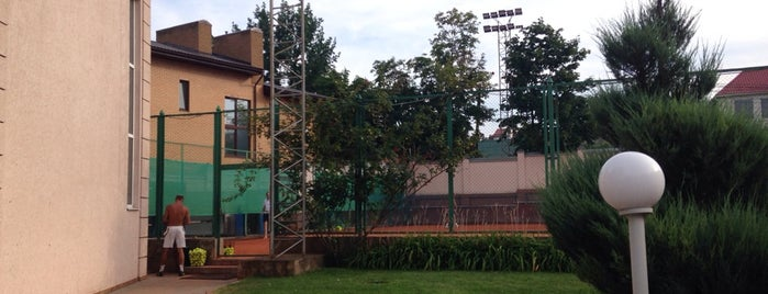 Arcadia Plaza Tennis Club is one of Orte, die Polina gefallen.