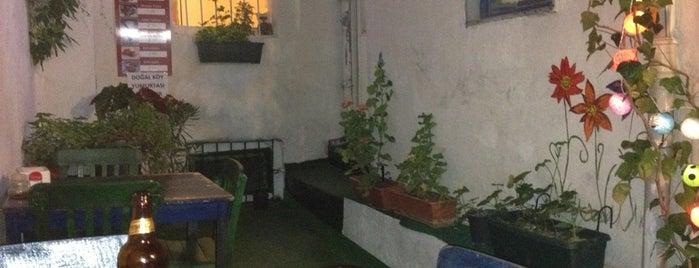 Sardunya Ev Yemekleri is one of Posti salvati di Pınar.