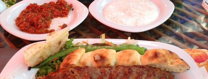 Teras Anadolu Sofrası-Tokat Kebabı is one of İstanbul Yeme&İçme Rehberi - 2.