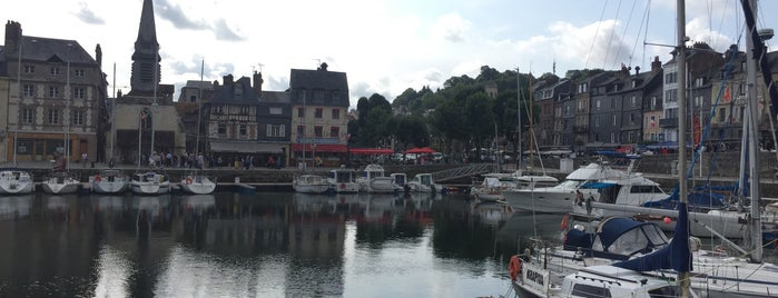 La Trinquette is one of Honfleur.