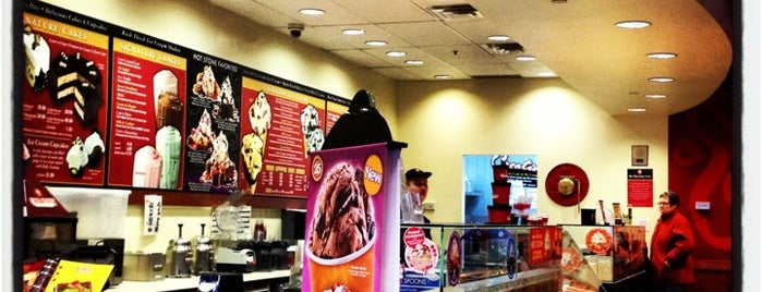 Cold Stone Creamery is one of Locais curtidos por Brooke.