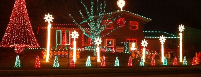 Kibler's Dazzling Lights is one of The Townie List.