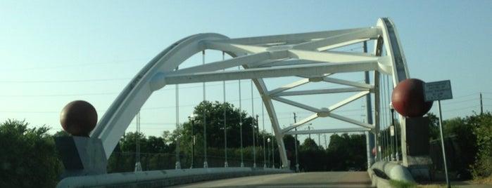 Hazard Bridge is one of Orte, die Aptraveler gefallen.