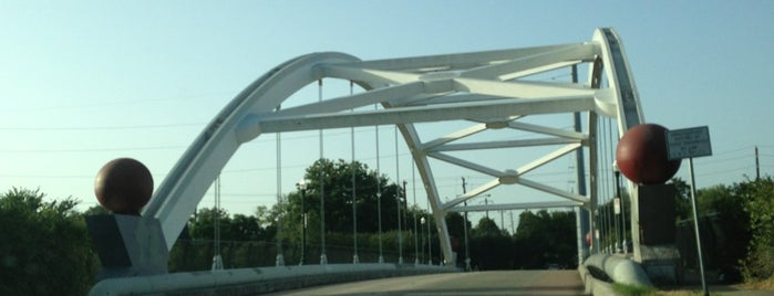 Hazard Bridge is one of Locais curtidos por Aptraveler.