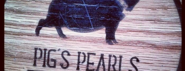 Pig's Pearls is one of Los Mejores Restaurantes de Guadalajara.