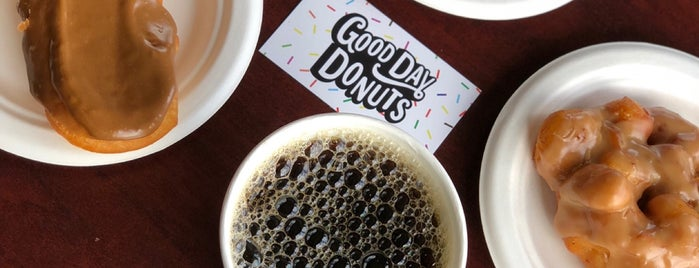 Good Day Donuts is one of Cusp25さんのお気に入りスポット.