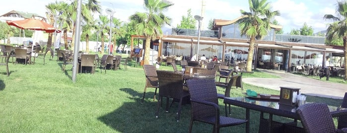 Lastik-İş Cafe & Restaurant is one of Lugares favoritos de Fikriye.