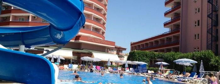 Blue Star Hotel is one of Alanya Otelleri.