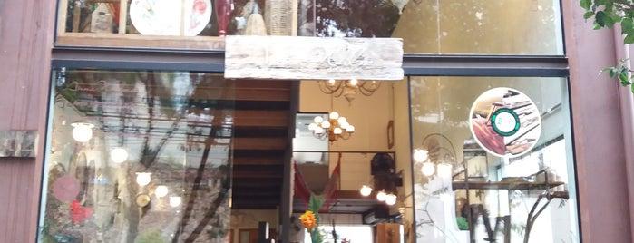 Divino café com delicias is one of Posti salvati di Joana.