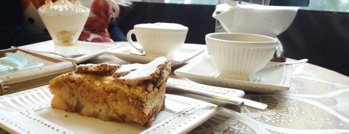 Divino café com delicias is one of Gespeicherte Orte von Cledson #timbetalab SDV.