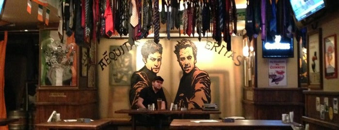 Boondock Pub is one of Lugares favoritos de Anton.