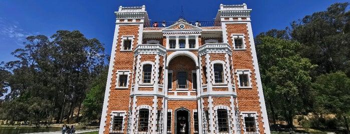 Castillo De Chautla is one of DF.