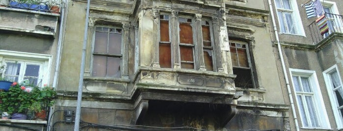 Aya Dimitri Kilisesi is one of Gezelim Görelim Eski İstanbul.