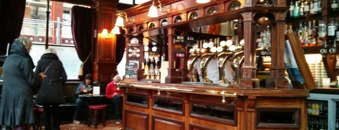 The Guildford Arms is one of Posti che sono piaciuti a Carl.