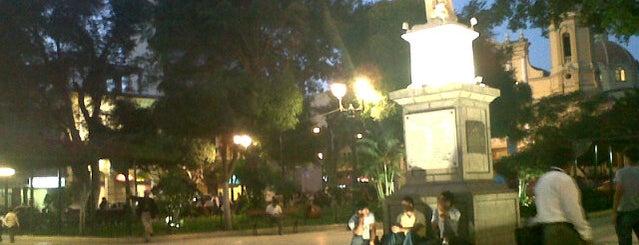 Plaza de Armas is one of Posti che sono piaciuti a Hellen.