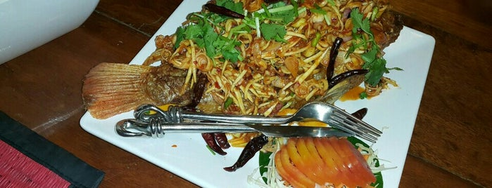 The Frog & Catfish Restaurant Krabi is one of สถานที่ที่บันทึกไว้ของ Natali.