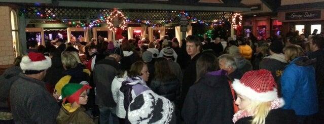 Kennywood Christmas Lights is one of Pittsburgh Bucket List.