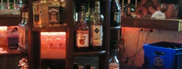 Palma Beach Bar is one of Must-visit Gece Hayatı Noktaları in Mersin.