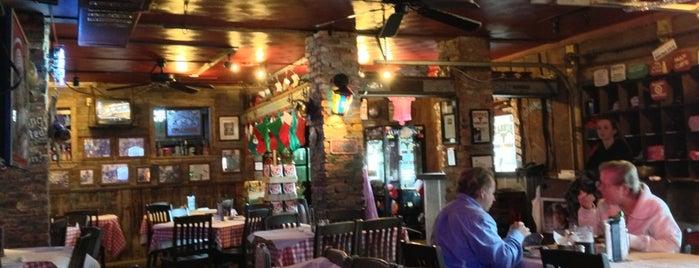 Bubba's Roadhouse & Saloon is one of Amerika Restoranlar.