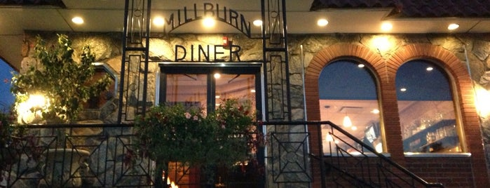 Millburn Diner is one of Locais salvos de Lizzie.