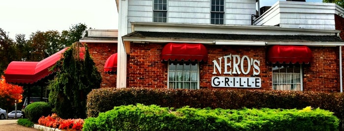 Nero's Grille is one of Lugares guardados de Lizzie.