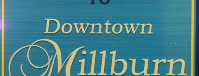 Millburn Downtown is one of Lugares favoritos de Peter.