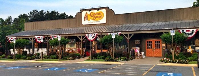 Cracker Barrel Old Country Store is one of JoAnn : понравившиеся места.