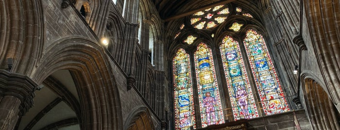 Glasgow Cathedral is one of Lugares favoritos de Paige.