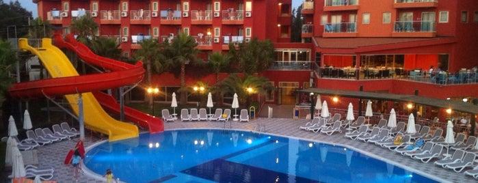 Club Side Coast Hotel is one of Emre : понравившиеся места.