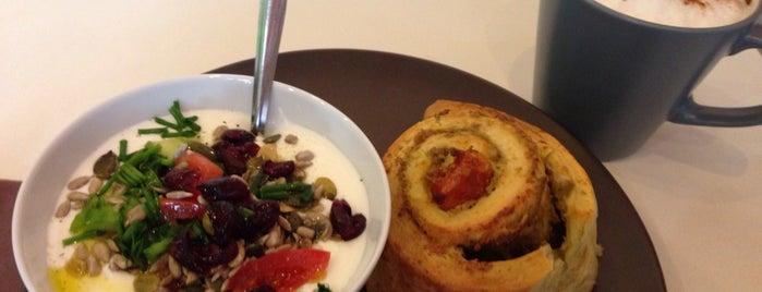 RROLL is one of Healthy & Veggie Food in Paris.
