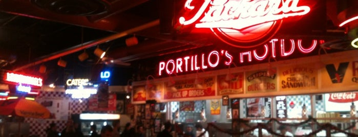 Portillo's is one of Orte, die Matt gefallen.