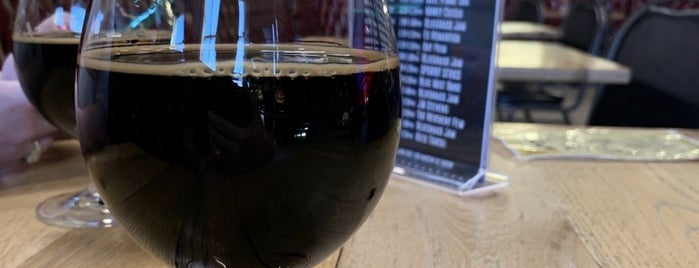 Oskar Blues Brewing Co is one of Posti che sono piaciuti a Chuck.