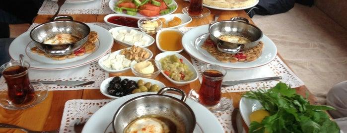 Karakuşlar Gözleme is one of Gözdeさんのお気に入りスポット.
