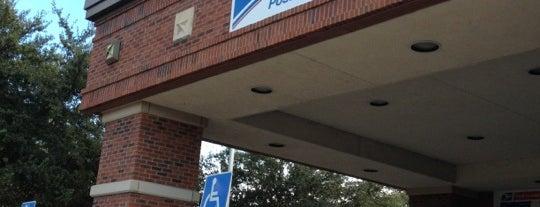 US Post Office is one of Posti che sono piaciuti a Rhonda.