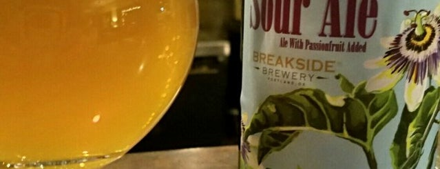 AZ Wine Co is one of King James' 2012 Craft Beer Royal Review.