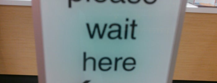 Walgreens is one of Mayte'nin Beğendiği Mekanlar.