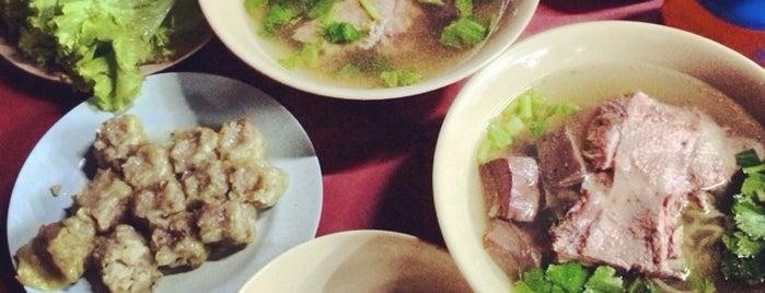หมี่เป็ด-ไก่ ตุ๋น(เจ๊อรวรรณ) is one of Hat Yai.